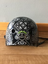 Bike Helmet By Nutcase large slightly used Portland, 97201