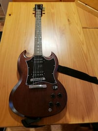 brown and black electric guitar Manchester Township, 08759
