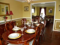 Brown wooden table with chairs Stafford, 22554