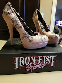 Size 8.5 iron fist pink leather with black sequin  Saint Catharines, L2P 1P3