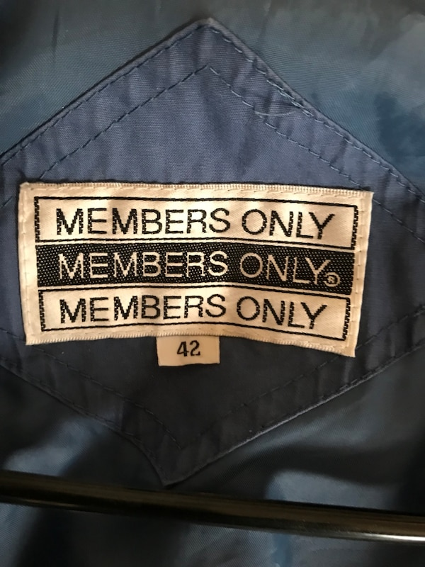 Gray jacket members only abac4685-90be-4d7f-aa4e-de543ddc784c