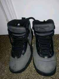 pair of gray-and-black Nike basketball shoes Louisville, 40208