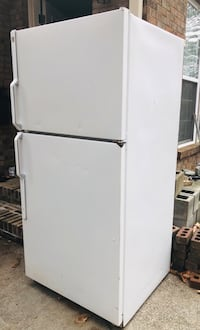 white top-mount refrigerator Lawrenceville, 30043