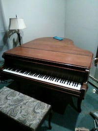 Chickering Baby grand piano North Haven, 06473