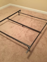 Quuen bed metal bed frame Falling Waters, 25419