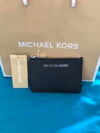 BRAND NEW LEATHER MICHAEL KORS WALLET WITH TAGS  North Las Vegas
