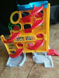 Car race track toy  Perris, 92571
