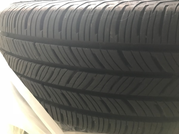 Tires and Wheels - 2018 Toyota c438102f-6652-444b-b304-d1eb70ce516e