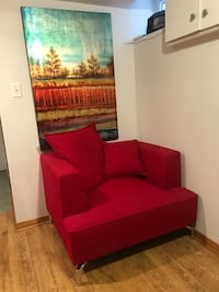 Arm chair- structube Kennedy perfect condition queen and coxwell