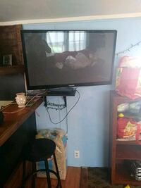 48 inch samsung tv with adjustable wall mont it wa