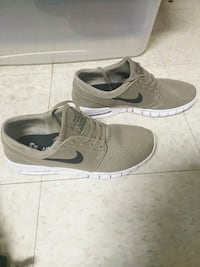 Nike shoes Pasco, 99301