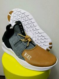 Nike Free Run Commuter Prem size 10 536 km