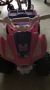 Pink and white plastic toy car Gaithersburg, 20877