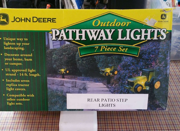 Used john deere outdoor pathway lights 7 piece set for sale in used john deere outdoor pathway lights 7 piece set for sale in eagles mere letgo aloadofball Image collections