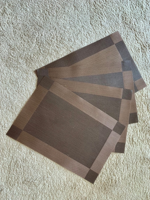 Dining Table Place Mats - A set of 4