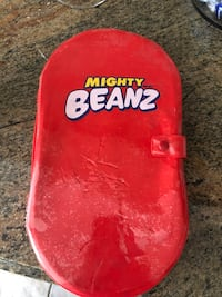 Mighty Beanz LOT with Collectors Case (104 total Beanz) Pickering, L1V 4X8