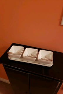 Porcelain bowls with tray..new