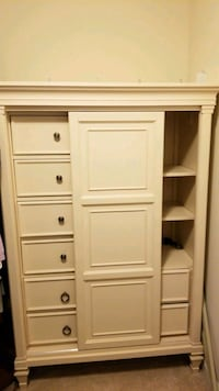Wardrobe dresser with two bedside night stands.  Accokeek, 20607