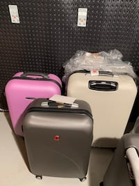 SWISS GEAR HARDSHELL SUITCASES Chicago