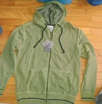 New with tags green zip-up hoodie Montreal, H8T