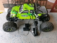 Rc rock climber 4x4 good battery.  Not working  Kitchener, N2R 1Y5