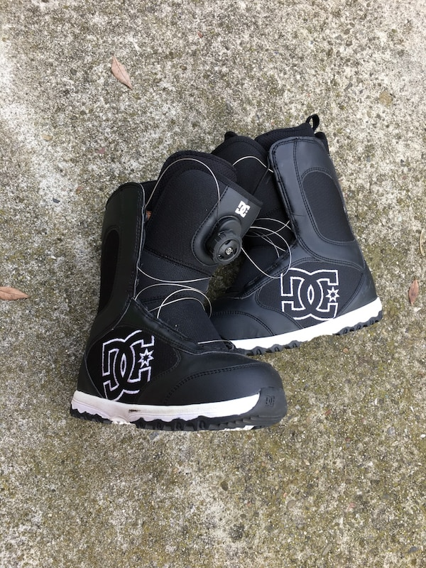 8721d8653fe Used Boa snowboard boots ladies 7 for sale in San Jose - letgo