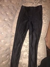 American apparel  tights size medium  Ottawa, K2P 0B7