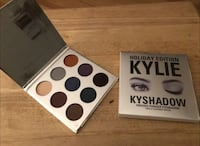 Kylie Jenner Holiday Eye Shadow Kit Brand New. Perfect Christmas Gifts!