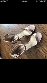 Forever 21 Pink/Nude Heels - Size 9 Ottawa, K2E 5R3