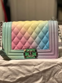 quilted pink leather crossbody bag Lawrenceville, 30044