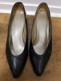 Women's shoes - size 8.5m Sacramento, 95815