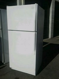 Whirlpool Refrigerator with Ice Maker Los Angeles
