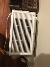 LG air conditioner. Purchased last year  New York, 11360