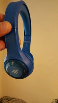 blue and black Turtle Beach corded headphones Oxon Hill, 20745