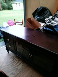Oak entertainment stand.top and bottom. Dacula, 30019