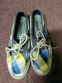 pair of blue-and-white boat shoes Manhattan, 60442