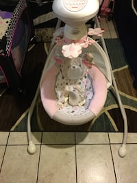 baby's white and pink cradle and swing Winton, 95388