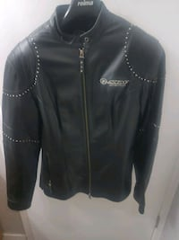 Ladies leather jacket Edmonton, T5T