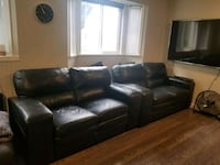 2 genuine leather Modesto loveseats Richmond, V6V 2L8