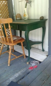 green wooden console table Waterloo, 29384