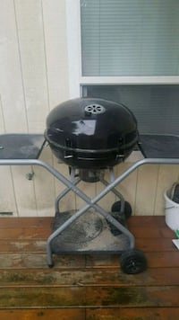 black and gray charcoal grill Richmond, V6Y 1A7
