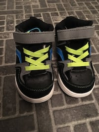 pair of black-and-blue Air Jordan shoes Winnipeg, R2C 1M9