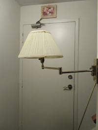 Swing Arm Adjustable Wall Lamp