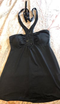 Black top size small Surrey, V3S 2H7