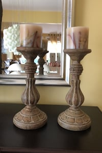 Two candle holders with candles Laval, H7X