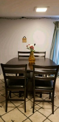 Tall Dinning Table with 4 Chairs Rockville, 20855