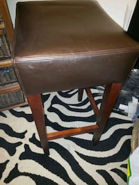 brown wooden brown leather padded  bar stools Vaughan, L6A 3Y7