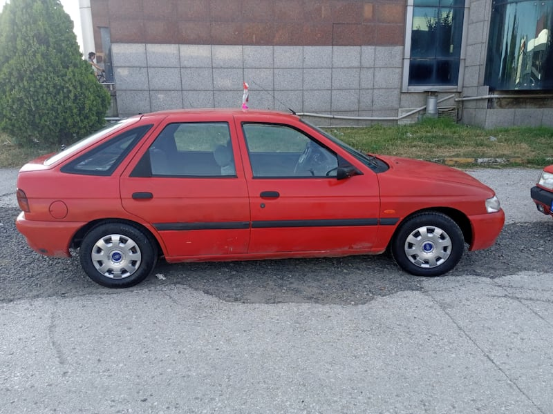 1997 Ford Escort 1.6 CL 2