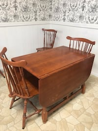 Wood table with leaf and six chairs Pinole, 94564