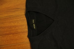 Guess sweater V neck